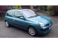 renault clio 1.2 extreme. only 48000 miles. new mot. just been serviced.