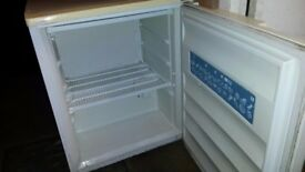LEC Small Freezer