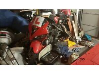 CBR 125 (cbr125) running, cosmetic damage, needs carb (not injection)