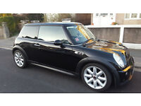 For Sale in Plymouth - Mini Cooper S in Metallic Black - High Spec with 12 Months MOT and FSH