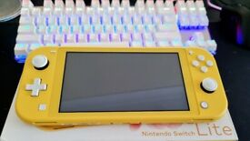 Nintendo switch lite Hardly been used.
