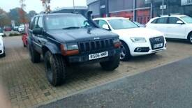 Modified Jeep Grand Cherokee 4.0 Off Road