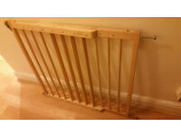 5 Stairgates - wooden or metal, pressure shut or lift up