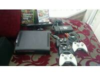 Xbox 360 with kinect and 4 controllers