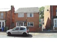 2 bedroom flat in Oak Road, Scarborough, YO12 (2 bed)