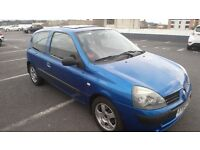Renault Clio 1.4 FOR SALE IN LINCOLN !!! Excellent car with LOW MILEAGE