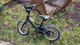 Kids' mountain bike. Made by Giant, 16cm wheel, very good condition. Ben 10 theme.