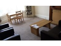 Woodlands Drive - Two Bedroom Spacious Furnished Flat