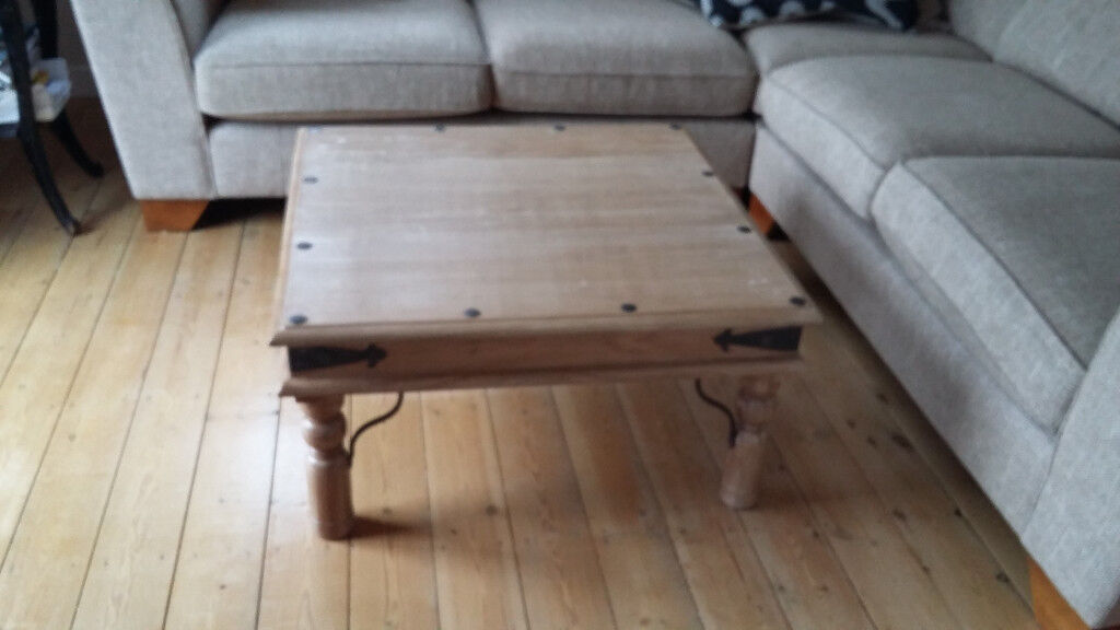 Square, oak varnished Coffee Table 800mm with metal features