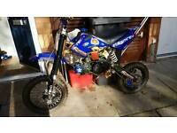 125 pit bike £280