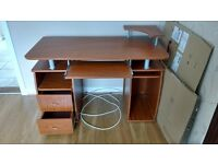 Office/Study Desk in Immaculate Condition, no marks or scratches - barely 6 Months old!