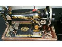 SINGER ANTIQUE SEWING MACHINE