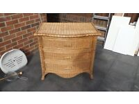 A WICKER CHEST OF DRAWERS VGC
