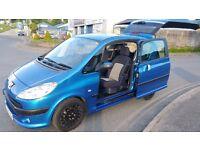 *** Peugeot 1007 1.4 8v Dolce . Petrol. NEW MOT ***