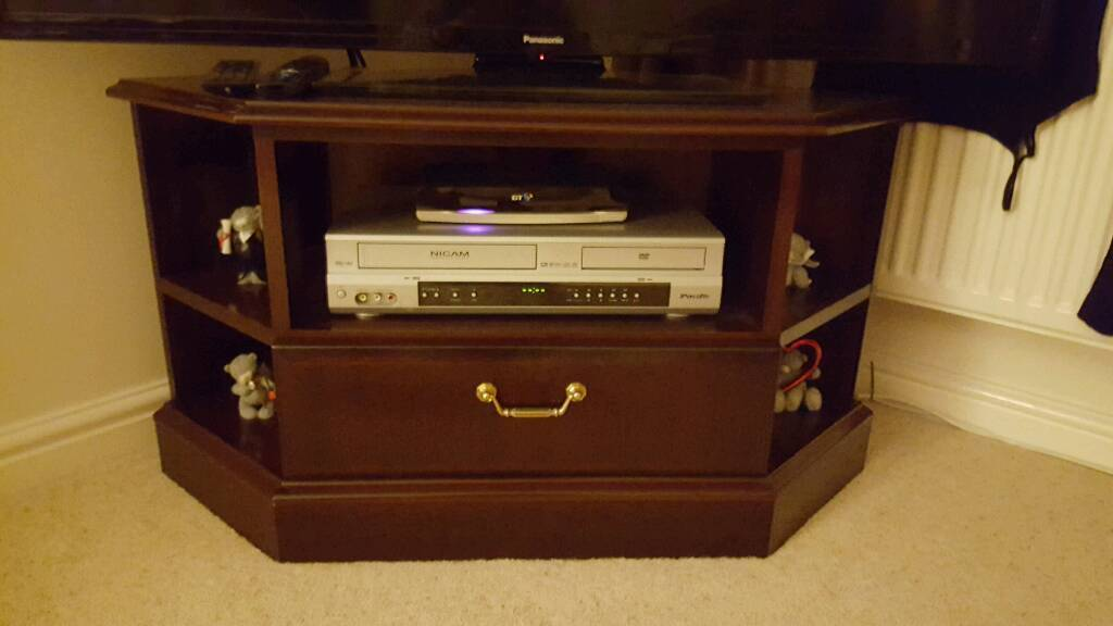 Corner TV stand with drawer and display shelves