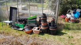 Free planting pots, trays and seat