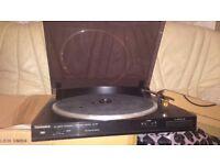Technics SL-J90 Turntable / Record player