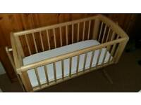Swinging Crib. Mattress and Crib Liner/Bumper