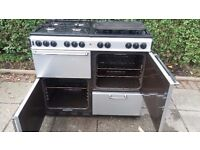 RANGE 1000G COOKER (NEWHOME) - Hob has 8 rings - SILVER
