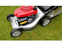Honda Izy four wheeled push mower 150cc first pull start 7mths old. (NO BAG)