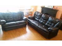 BLACK REAL NICE LEATHER SOFA SET 3 & 2 SEATER VERY COMFY DELIVERY IS FREE MCR
