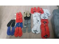 22 pairs of flip flops great for a wedding