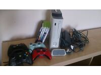 120GB Xbox 360 + 4 Controllers + 5 Games