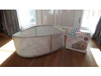 Baby Pop up Travel Cot Koo di Excellent Condition
