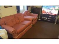 2 seater sofa & 2 armchairs