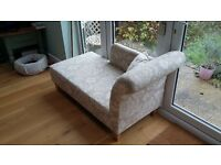 Compact and cosy chaise longue/occasional sofa - ideal for living rooms/bedrooms/snugs
