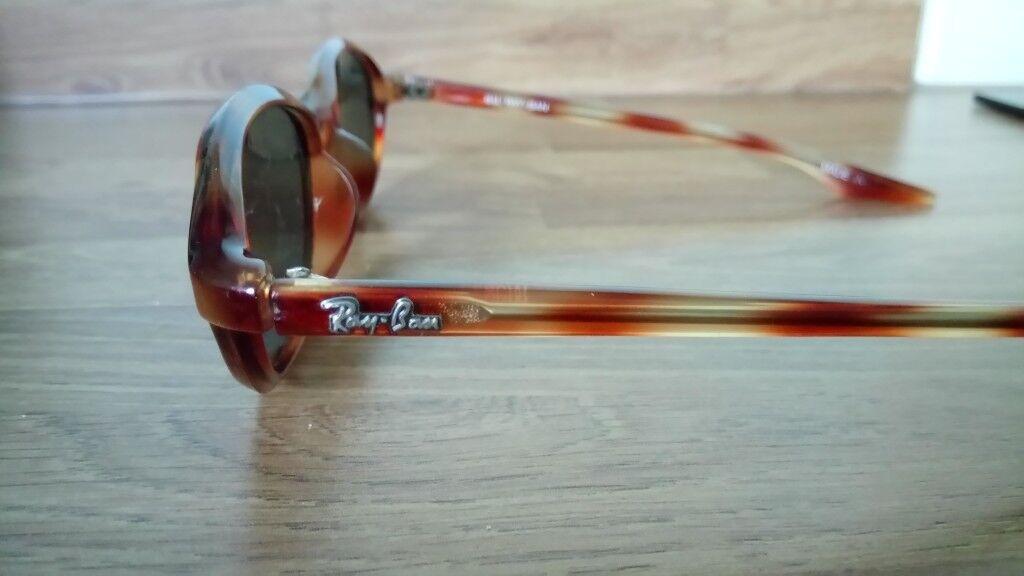fad79eecac Genuine Ray Ban W2837 Tortoiseshell Effect Retro Sunglasses