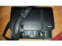 Planet 21 laptop bag