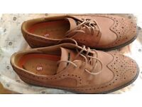 Men's clark's shoes beautiful UK size 9.5