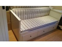 French/cottage bed/day sofa