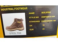 Dewalt Lightweight work boot size 10 dark brown