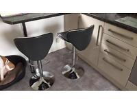 Bar/breakfast stools x2