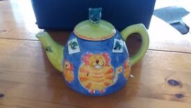 Cat and Mouse Novelty Teapot