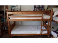 Single matt varnished pine wood single bunk beds