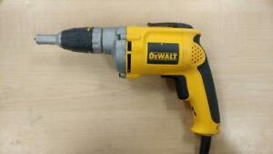 Perceuse a gypse (Dewalt) (P030875)
