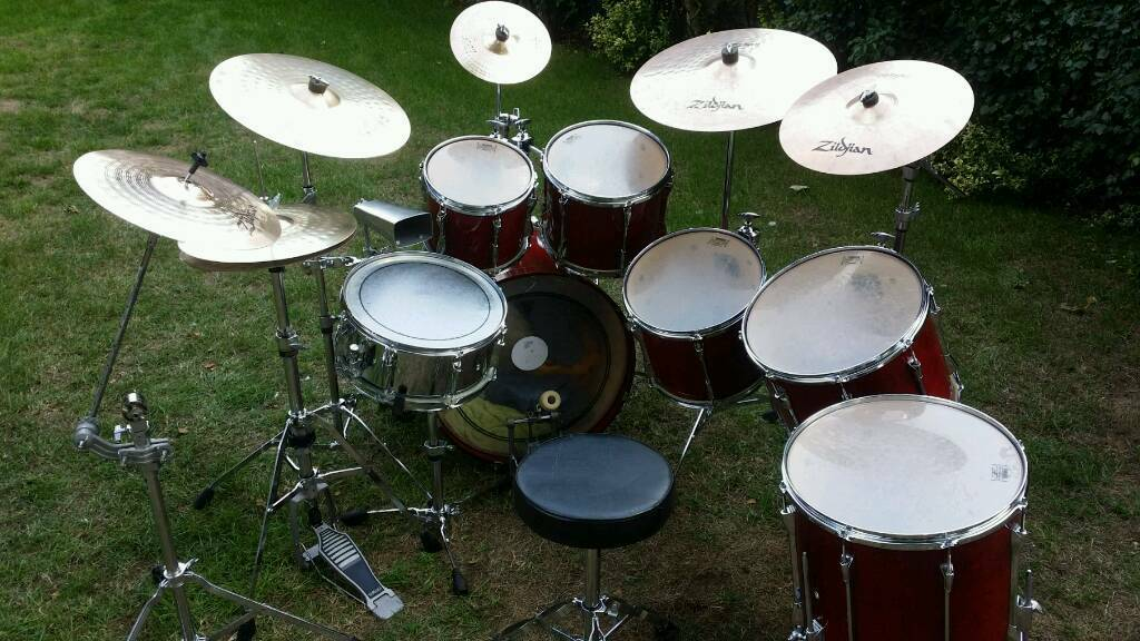 Huge Yamaha Stage Custom Drum Kit