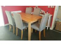 Oak wood table & 6 grey fabric chairs