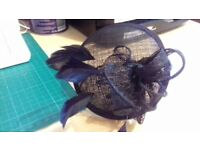 lovely black fascinator in excellent condition Worn once for a wedding