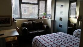 Double Room £550 bills included
