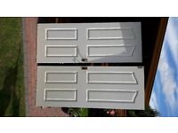 Doors x 2 White in good condition with fittings