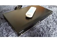 Toshiba SD170 DVD Player with Remote and Instruction Booklet
