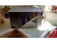 Tricity microwave oven