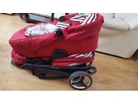 Travel system comes with carseat,carrycot and toddler seat £120