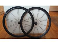 Carbon race bike wheels
