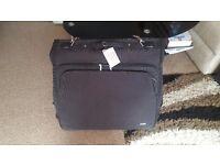 TRIPP Suitcase Carrier