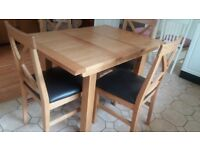 Solid Oak Extendable Table & 4 Chairs ***Mint Condition***